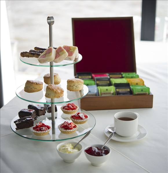 Afternoon Tea Cruise gallery image