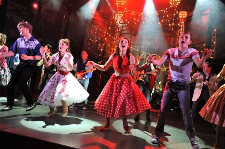 Dreamboats and Petticoats gallery image