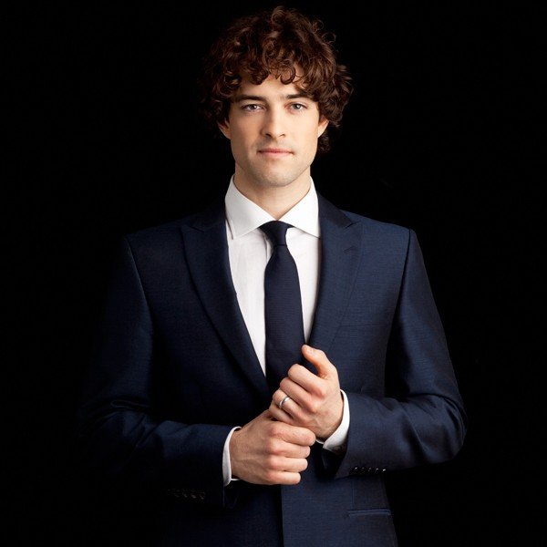 Lee Mead – Some Enchanted Christmas Evening Tickets London Garrick Theatre