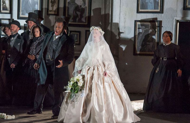 Lucia di Lammermoor gallery image