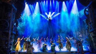 Wicked & Dinner at Dim T - Victoria at Apollo Victoria Theatre,London