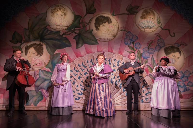 Lady Windermere's Fan: a charming and funny spectacle