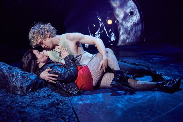 5 Reasons to see Bat Out of Hell