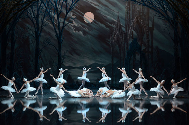 "Swan Lake ""truly overwhelming"""