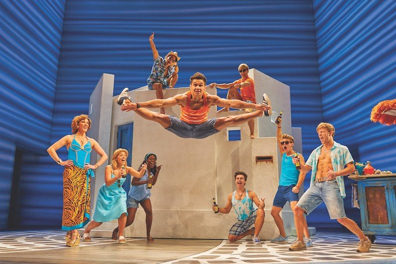 West End production of Mamma Mia! announces new booking period