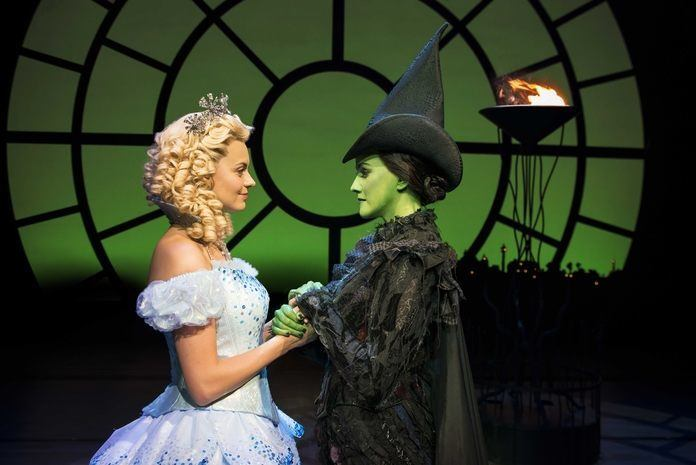 London Theatre Review: Wicked at the Apollo Victoria Theatre