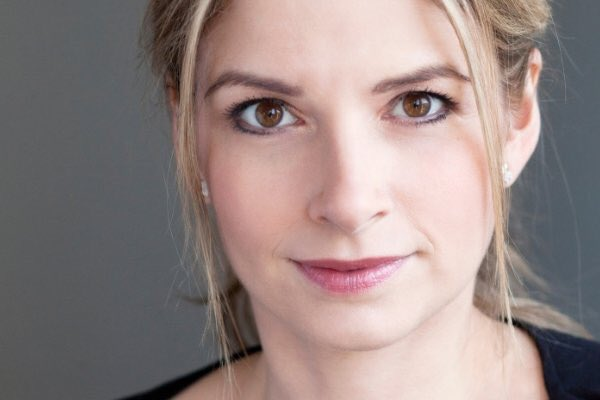 Caroline Sheen to fill in for Louise Redknapp in the West End 9 to 5 musical