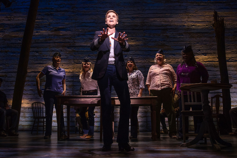 London Theatre Review: Come From Away at the Phoenix Theatre