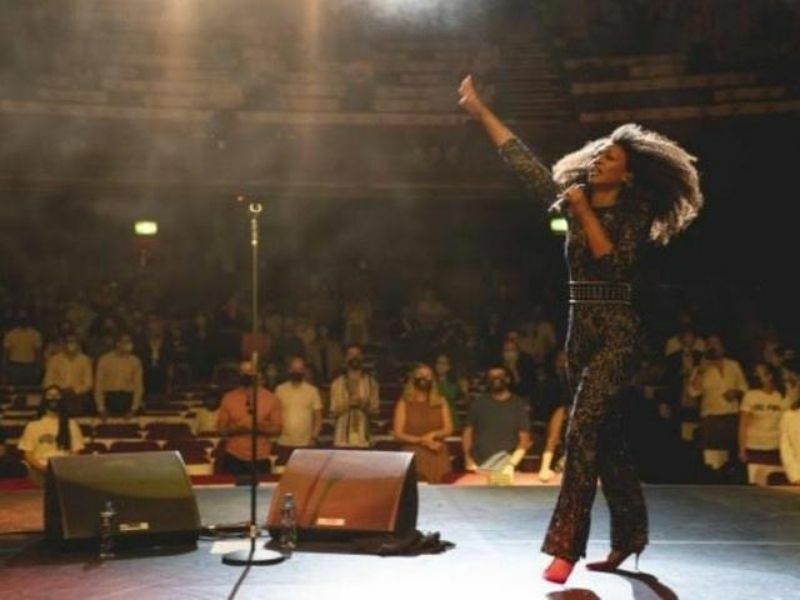 Indoor theatre performances with social distancing greenlit for 15 August, announces Government